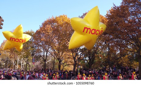 NEW YORK CITY, NY - NOVEMBER 23: Yellow Star Balloons in 91st Macy's Thanksgiving Day Parade on November 23, 2017, in New York City, New York.