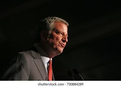 NEW YORK CITY - OCTOBER 5 2017: The Brooklyn Bridge Park Conservancy heads its 5th annual Black Tie Ball. NYC Mayor Bill de Blasio