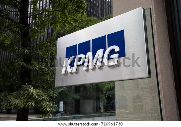 New York City, New York - September 17, 2017: KPMG LLP US Headquarters on Park Ave. in midtown Manhattan. KPMG is a big four auditor and professional services company headquartered in the Netherlands