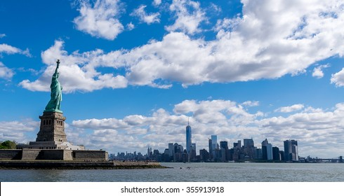 New York City Statue of Liberty and New York City Skyline