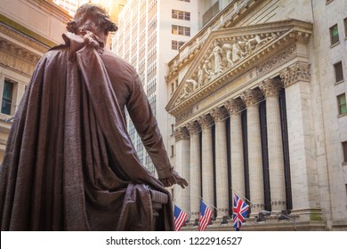 NEW YORK CITY, UNITED STATES - CIRCA OCTOBER 2016: The statue of George Washington and the New York Exchange (NYSE) building, New York City, USA