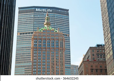 New York City, Usa, 16/09/2014: the skyline of the city with view of the MetLife building, one of the 100 tallest buildings in Usa, iconic landmark of the city in the world