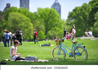 New York City, USA, - May. 17. 2014: Bike rider at Central Park, Manhattan. New York, USA