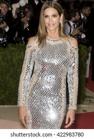 New York City, USA - May 2, 2016: Cindy Crawford attends the Manus x Machina Fashion in an Age of Technology Costume Institute Gala at the Metropolitan Museum of Art