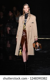 NEW YORK, NEW YORK - DECEMBER 02: Suvi Koponen walks the runway at the Versace Pre-Fall 2019 Collection at The American Stock Exchange on December 02, 2018 in New York City.