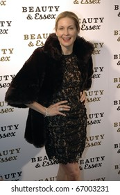NEW YORK - DECEMBER 10: Kelly Rutherford attends the opening of Beauty & Essex, new downtown restaurant from Rich Wolf, Peter Kane, and Chris Santos on December 10, 2010 in New York City.