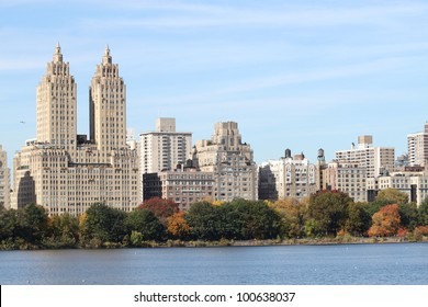 New York, Elegant apartment buildings overlooking lake in Central Park