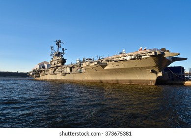 New York, Jan 21, 2016: The Intrepid Museum at Hudson shore in New York City.