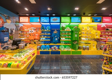 NEW YORK - JAN 28  : M&M shop in JFK International Airport on Jan 28, 2017 in New York, USA.