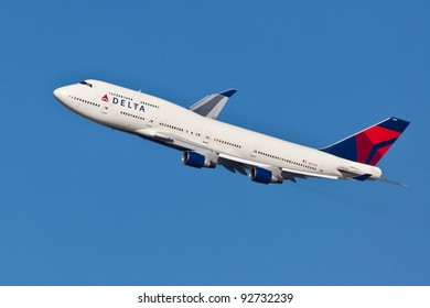 NEW YORK - JANUARY 2: Delta Boeing 747 on final to JFK in New York, USA, on January 2, 2012. Delta Air Lines is one of the major American airlines that serves domestic and international destinations