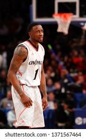 NEW YORK - MAR 10: Cincinnati Bearcats guard Cashmere Wright (1) reacts against the Louisville Cardinals during the Big East Tournament  on March 10, 2012 at Madison Square Garden in New York City.