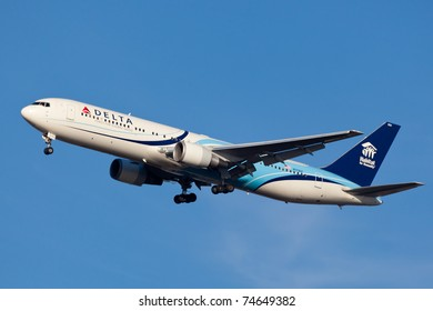 NEW YORK - MARCH 5: Delta Boeing 767 on approach to JFK in New York, USA on march 5, 2011. The plane is wearing special livery called Habitat for Humanity the worldwide active humanitarian organization