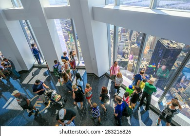NEW YORK - MAY 29 : ONE  WORLD OBSERVATORY grand opening day on May 29, 2015. It  is open year round. Starting May 29th until September 7th from 9 a.m. until midnight
