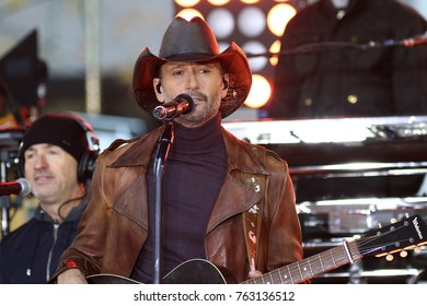 NEW YORK - NOV 17, 2017: Tim McGraw performs on the NBC Today Show concert series on November 17, 2017, in New York City.