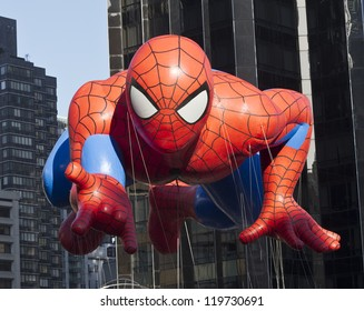 NEW YORK - NOVEMBER 22: Spiderman balloon is flown at the 86th Annual Macy's Thanksgiving Day Parade on November 22, 2012 in New York City.