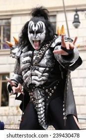 NEW YORK - NOVEMBER 27: KISS attends the 88th Annual Macy's Thanksgiving Day Parade on November 27, 2014 in New York City.