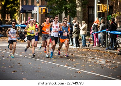 NEW YORK - NOVEMBER 3: Athletes running the 2013 NYC Marathon for Wave 1 on November 3, 2013 in New York.
