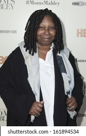 NEW YORK - NOVEMBER 7: Whoopi Goldberg attends HBO 'Whoopi Goldberg presents Moms Mabley'  premiere at Apollo Theater on November 7, 2013 in New York City