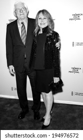 NEW YORK, NY - APRIL 18: Phil Donahue and wife actress Marlo Thomas attend the 'All About Ann: Governor Richards of the Lone Star State' screening during the 2014 Tribeca Film Festival at SVA Theater