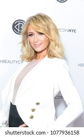 NEW YORK, NY - APRIL 21: Paris Hilton wearing suit by Oscar De La Renta attends Beautycon Festival NYC 2018 - Day 1 at Jacob Javits Center on April 21, 2018 in New York City.