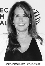 NEW YORK, NY - APRIL 25: Actress Lorraine Bracco attends the closing night screening of 'Goodfellas' during the 2015 Tribeca Film Festival at Beacon Theatre