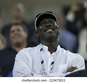 NEW YORK, NY - AUGUST 26: Michael Jordan attends 1st round match between Roger Federer of Switzerland and Marinko Matosevic of Australia at US Open tournament in Flushing Meadows USTA Tennis Center