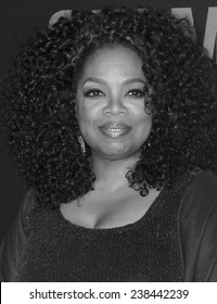 NEW YORK, NY - DECEMBER 14, 2014: Actress Oprah Winfrey attends the 'Selma' New York Premiere at the Ziegfeld Theater
