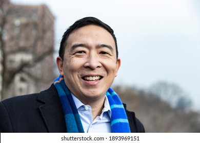 New York, NY - january 14, 2021: Andrew Yang speaks to media during announcement of his candidacy for Mayor of New York City on Morningside Drive