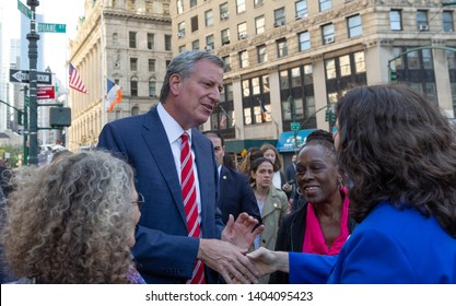 New York, NY - May 21, 2019: Mayor Bill de Blasio, Chirlane McGray attend pro-choice rally for women rights organized by Planned Parenthood on Foley Square