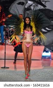 NEW YORK, NY - NOVEMBER 13: Model Lais Ribeiro walks in the 2013 Victoria's Secret Fashion Show at Lexington Avenue Armory on November 13, 2013 in New York City.
