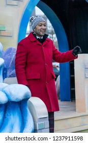 New York, NY - November 22, 2018: John Legend rides float at 92nd Annual Macy's Thanksgiving Day Parade on the streets of Manhattan in frigid weather
