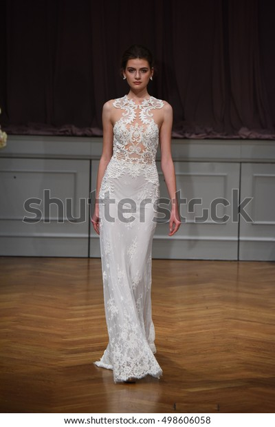 NEW YORK, NY - OCTOBER 09: A model walks the runway at the Alon Livne White 2017 Bridal Collection at the Bohemian Benevolent and Literary Association on October 9, 2016 in New York City.