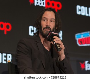 New York, NY - October 5, 2017: Keanu Reeves discusses movie Replicas during the 2017 New York Comic Con - Day 1