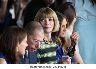 NEW YORK, NY - SEPTEMBER 11: Artistic director for Conde Nast Anna Wintour and actress Sarah Jessica Parker  attend the Calvin Klein fashion show during MBFW Spring 2015 on September 11, 2014 in NYC