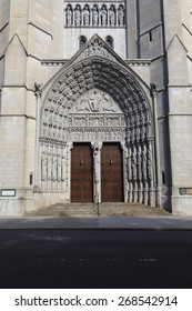 New York, NY, USA - June 15, 2014: Front door of Riverside Church: NEW YORK: The Riverside Church is an interdenominational American Baptist and United Church of Christ church.