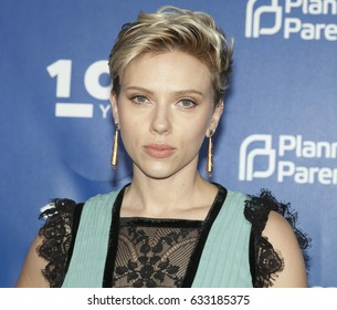Scarlett Johansson 2017 Images Stock Photos Vectors Shutterstock