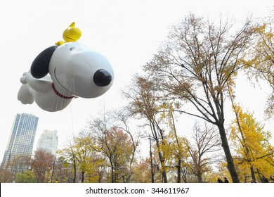 New York, NY USA - November 26, 2015: Snoopy and Woodstock balloon at the 89th Annual Macy's Thanksgiving Day Parade.