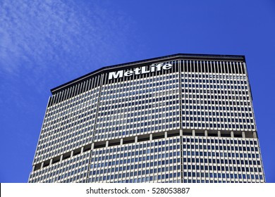 New York, NY, USA - September 23, 2016: The MetLife Building: The MetLife Building is a 59-story skyscraper at 200 Park Avenue at East 45th Street above Grand Central Terminal in Midtown Manhattan.