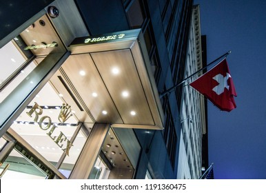 New York, N.Y./USA - Sept. 28, 2018: The Rolex store on 5th Ave. in New York City at night.