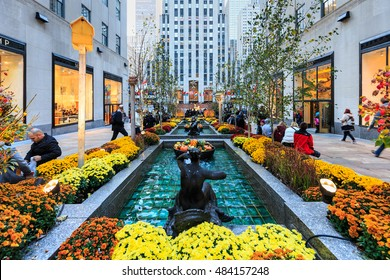 NEW YORK - OCT 31: Channel Gardens at Rockefeller Center on Oct 31, 2015 in New York, USA.