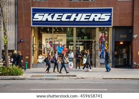 skechers new york time square