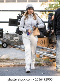 NEW YORK - OCTOBER 26: Jennifer Lopez is seen on set of 'Second Act' in Central Park on OCTOBER 26, 2017 in New York City.