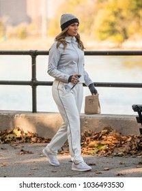 NEW YORK - OCTOBER 26: Jennifer Lopez is seen on set of 'Second Act' in Central Park on OCTOBER 26, 2017.