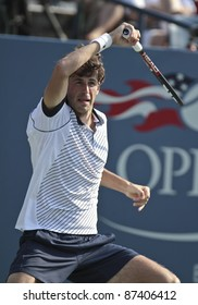 NEW YORK - SEPTEMBER 02: Robin Haase of the Netherlands returns ball during 2nd round match against Andy Murray of Scotland  at USTA Billie Jean King National Tennis Center on September 02 2011 in NYC