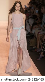 NEW YORK - SEPTEMBER 04 2014: Taya Ermoshkina is walking the runway at BCBGMAXAZRIA Spring 2015 Ready-to-Wear Show during Mercedes-Benz Fashion Week at Lincoln Center