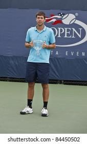 NEW YORK - SEPTEMBER 11: Oliver Golding of Germany winner of junior boys at USTA Billie Jean King National Tennis Center on September 11, 2011 in NYC