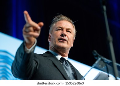 NEW YORK – SEPTEMBER 26 : Actor Alec Baldwin emcees the United Nations Champions of the Earth Award Ceremony and Gala on September 26, 2019 in New York.