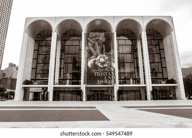 New York, September 28, 2016: The building of Metropolitan Opera in Lincoln Center.