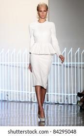 NEW YORK - SEPTEMBER 8: Model Britt Maren walks the runway at the Cushnie Et Ochs SS 2012 Collection presentation during Mercedes-Benz Fashion Week on September 8, 2011 in New York.