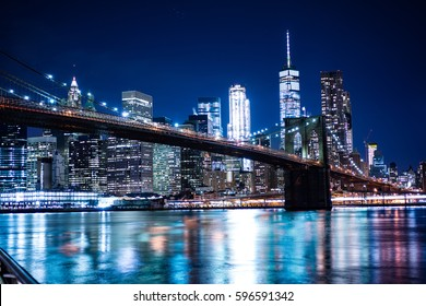 New York Skyline from The Brooklyn Heights Promenade